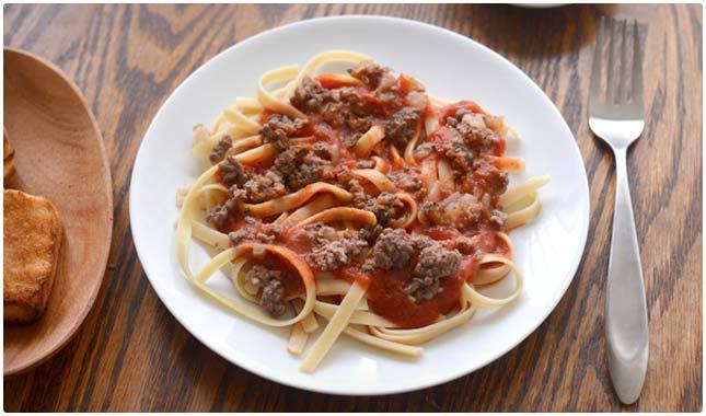 healthy beefy pasta tomato sauce