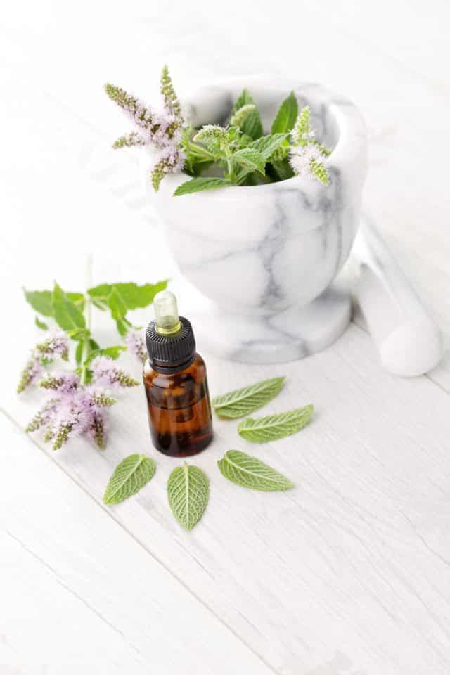 Peppermint oil pulling benefits