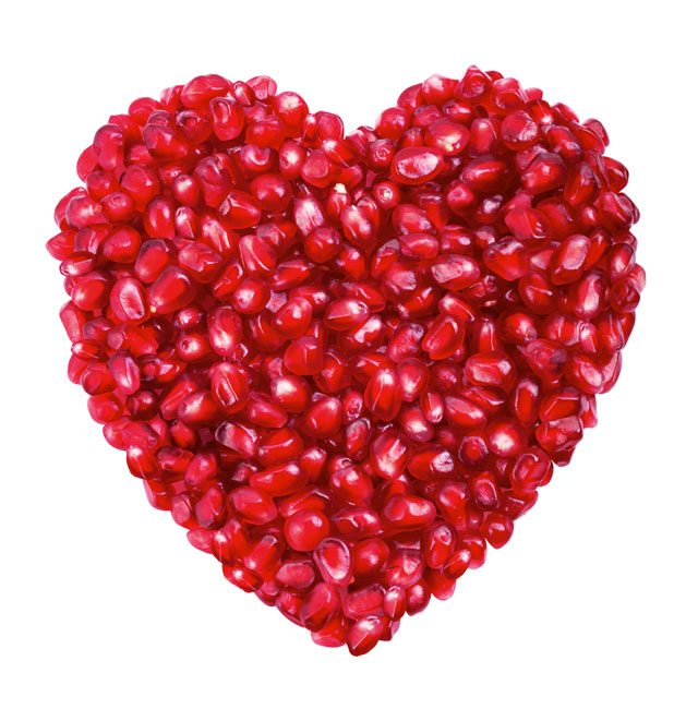 8 Clever Ways to Eat a Pomegranate (+15 Top Health Benefits)