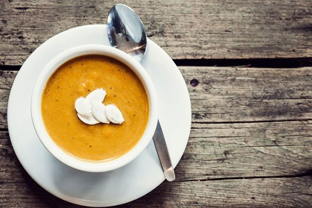 Fenugreek, Carrot and Apple Soup