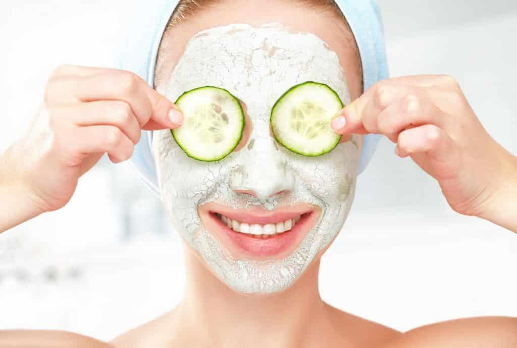 diatomaceous earth face mask