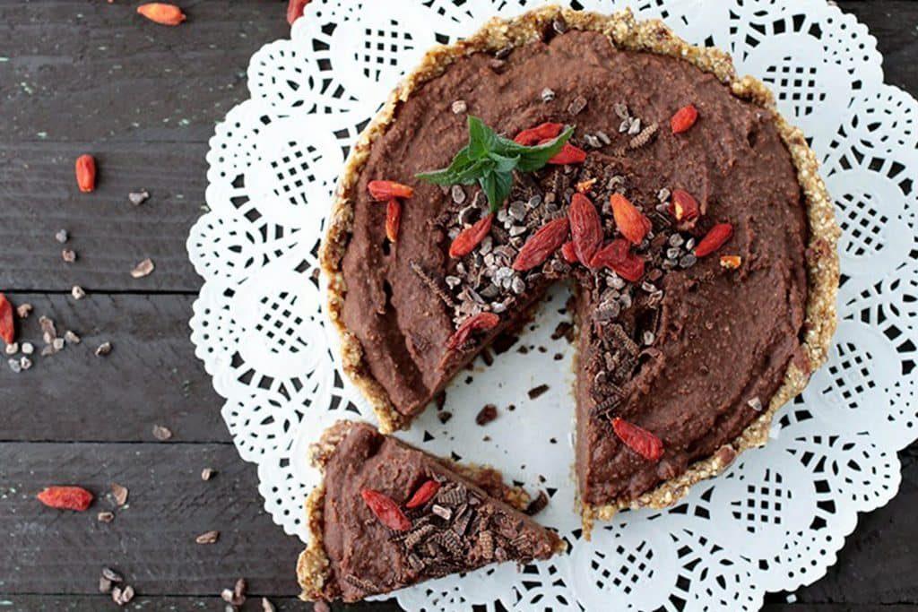 No-bake chocolate chickpea cake