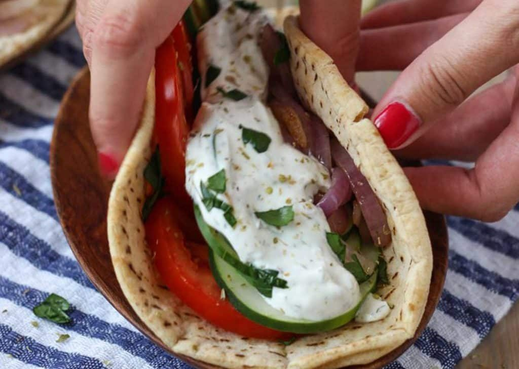 Easy veggie Greek pitas