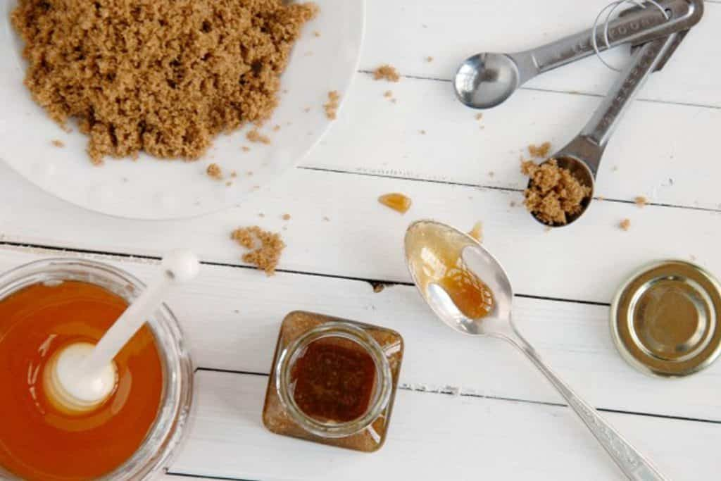 honey face scrub