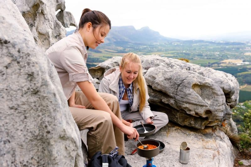 kitchen-equipment-for-camping