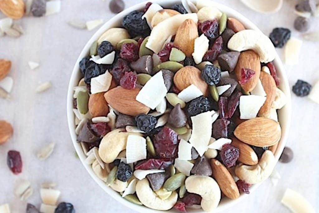 Bluberry cranberry coco nutty trail mix