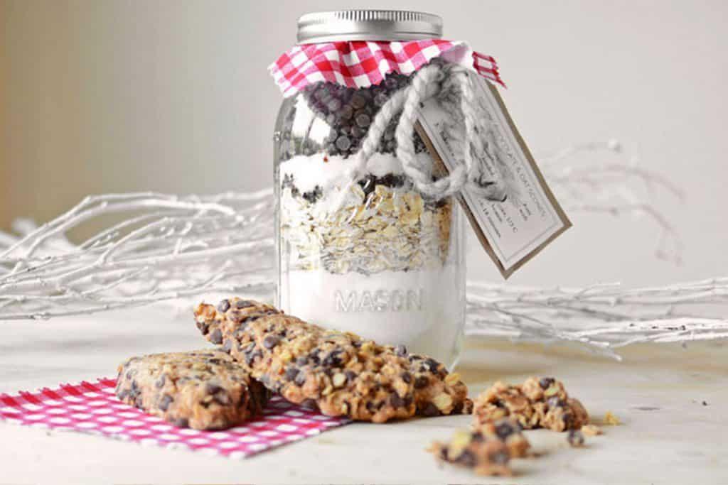 Jarred gift choc cherry oat scones