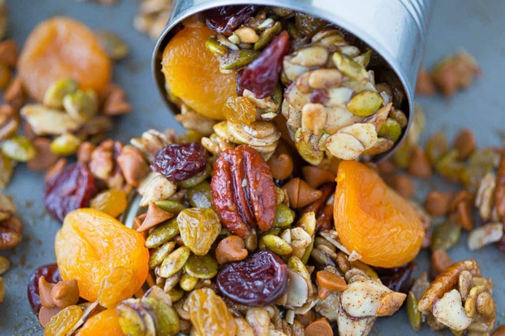 Maple pumpkin trail mix