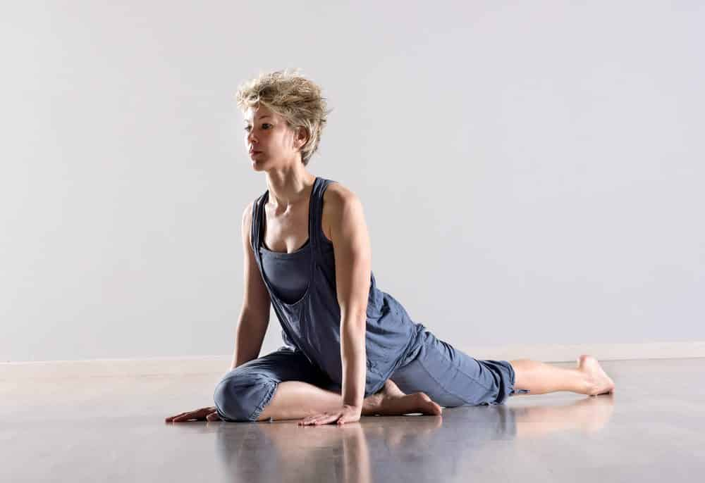 yoga-poses-for-sciatica
