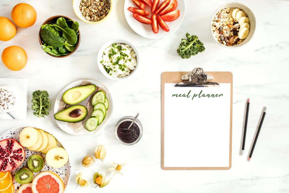 Notieren Sie, was Sie essen, wie man lbs schnell verliert &quot;width =&quot; 1000 &quot;height =&quot; 667 &quot;/&gt;</p><p>Manchmal Sie don &#39; Wenn du feststellst, wie viel du an einem Tag zu dir nimmst, bis du es aufschreibst, bist du gezwungen, deine Ernährung gründlich zu überprüfen, damit du sehen kannst, wo du Verbesserungen vornehmen musst Sie können feststellen, dass Sie mehr essen, wenn Sie fernsehen oder sich hinsetzen Während der Essenszeit vor dem Computer kann diese kleine Änderung in Ihrem Tag Ihnen helfen, die Kalorien zu reduzieren, die Sie brauchen, um ein paar Pfunde fallen zu lassen.Es hilft auch, festzustellen, woher Ihr Essen kam.Haben Sie zum Beispiel bei einem Sandwich-Shop zum Mittagessen oder haben Sie eines von zu Hause mitgebracht? Das Packen eines Mittagessens oder das Essen zu Hause kann Ihnen helfen, gesündere Entscheidungen zu treffen, da Sie genau wissen, was los ist in deinem Essen. Manchmal gibt es in deinen gekauften Lebensmitteln auch Soßen oder Zutaten, die Kalorien aufnehmen, die dir das Abnehmen erschweren können.</p><div style=
