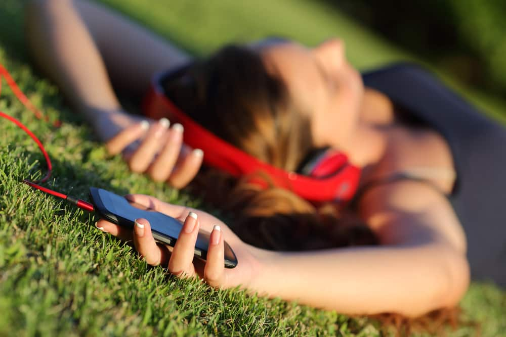electronic book while laying on ground earthing